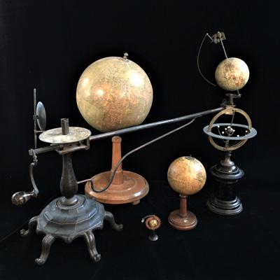 Globe & Planetaria